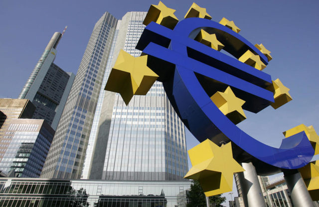 """Jordi Català: """"S'ha de presionar al Banc Central Europeu i a Europa per injectar liquiditat"""""""