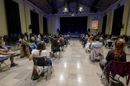"""DONAR VEU A LA MEMÒRIA: """"Aprendre de la memòria històrica per mitjà del teatre"""""""