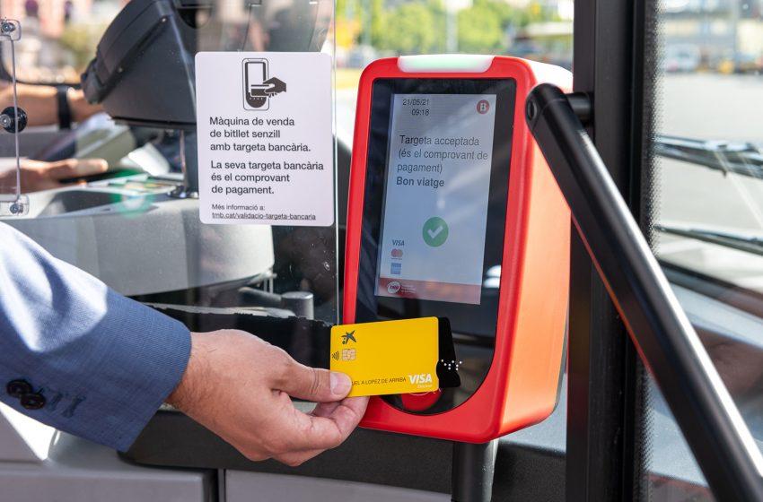TMB inicia la venda de bitllets senzills amb targeta bancària als busos