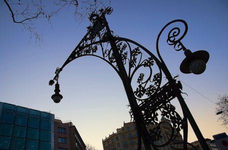 La Barcelona oculta. Els fanals del Passeig de Gràcia