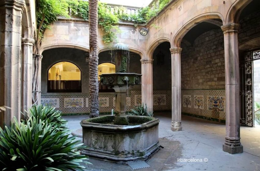 Barcelona Oculta, La casa de l'Ardiaca