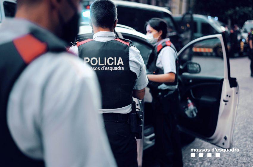 Mossos d'Esquadra investiguen la mort d'un menor a Poble Sec