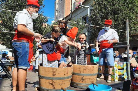 A Plus Ultra celebren la tradicional trepitjada de raïm